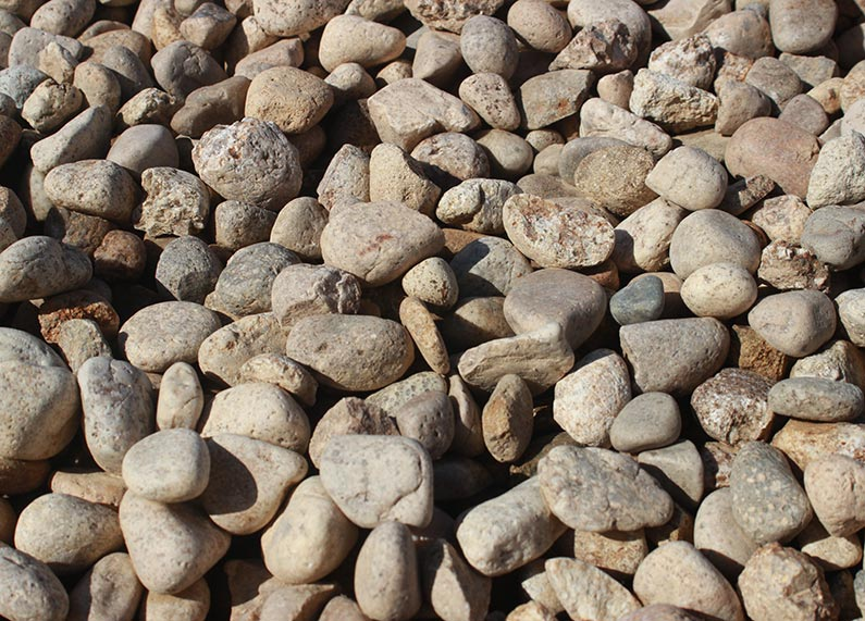 3/4″ Beige River Rock